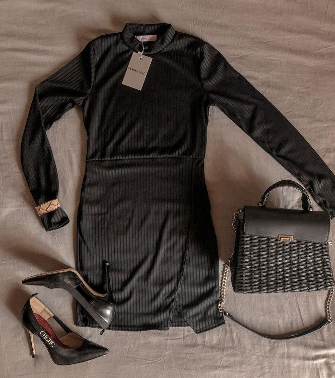 Vestido canalé negro de Femme Luxe