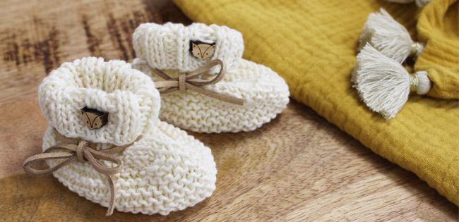 chaussons bebe au tricot facile pour