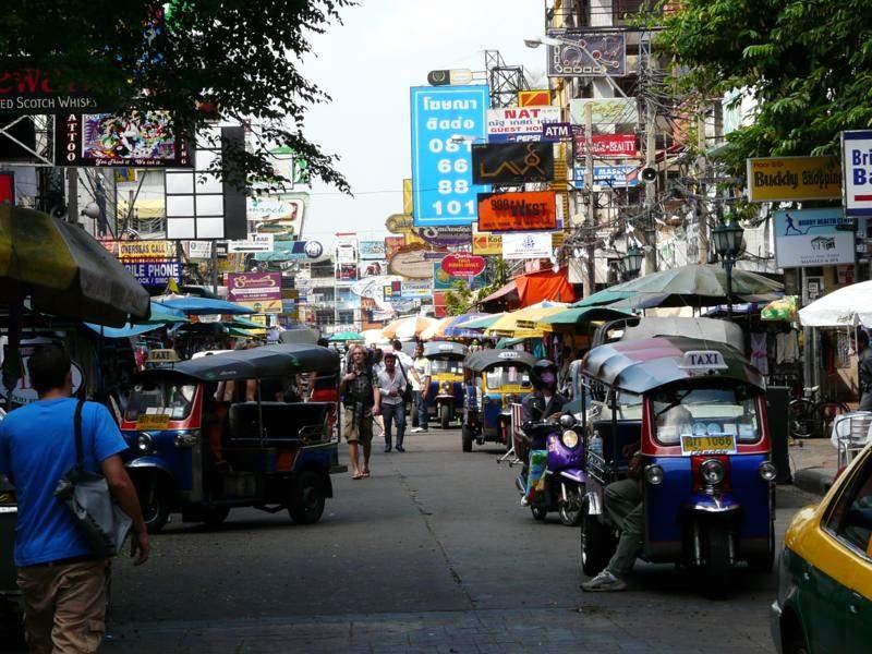 Khao San Road – mekka sodomicznych rozrywek. (Fot. Krzysztof Dopierała)