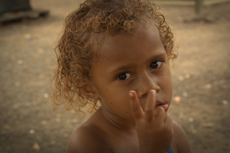 24. FIDŻI, Suva. Fidżyjczycy przy swej charakterystycznej oceanicznej urodzie i przyjaznym nastawieniu nie pozwalają o sobie zapomnieć. Szkoda, że mieszkają tak daleko... (Fot. Tomek Biskup)