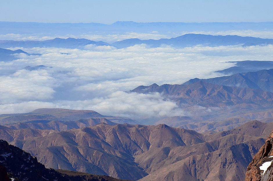 12. MAROKO, Atlas Wysoki. Pasmo Atlasu rozciąga się na długości ponad 2 tysięcy kilometrów i znajduje się na terytorium trzech państw: Maroka, Algierii oraz Tunezji. (Fot. Kuba Adamiec)