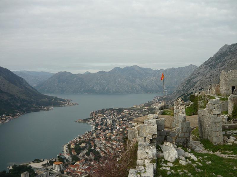 Wybrzeże Czarnogóry to jedyne miejsce w południowej Europie, gdzie zobaczymy fiordy (Fot. Gosia Drewa)
