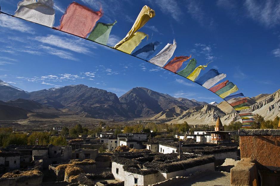 Zdjęcia z Nepalu. Buddyjskie flagi modlitewne