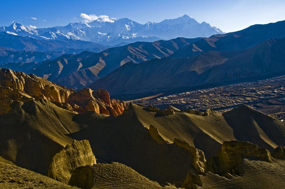 Krajobraz z Himalajami w tle