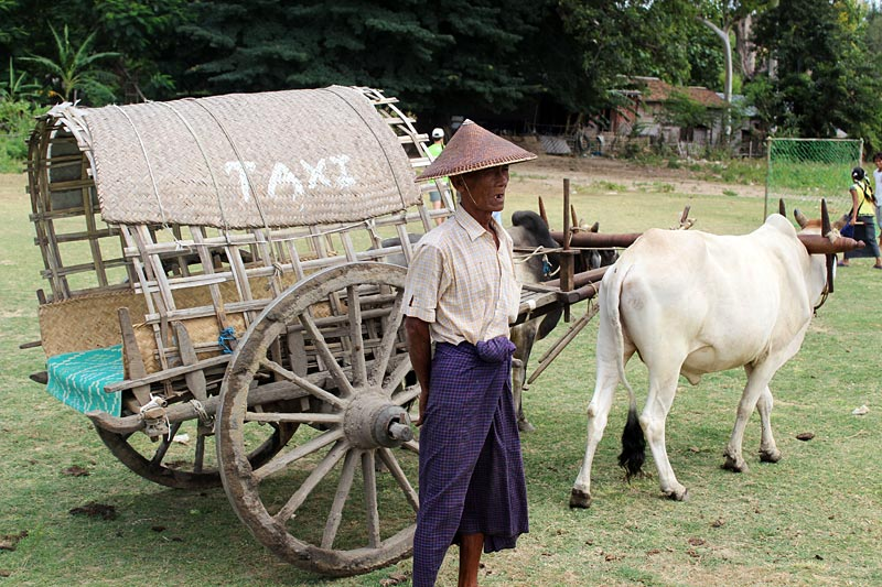 Taksówki w Birmie są mocno przestarzałe