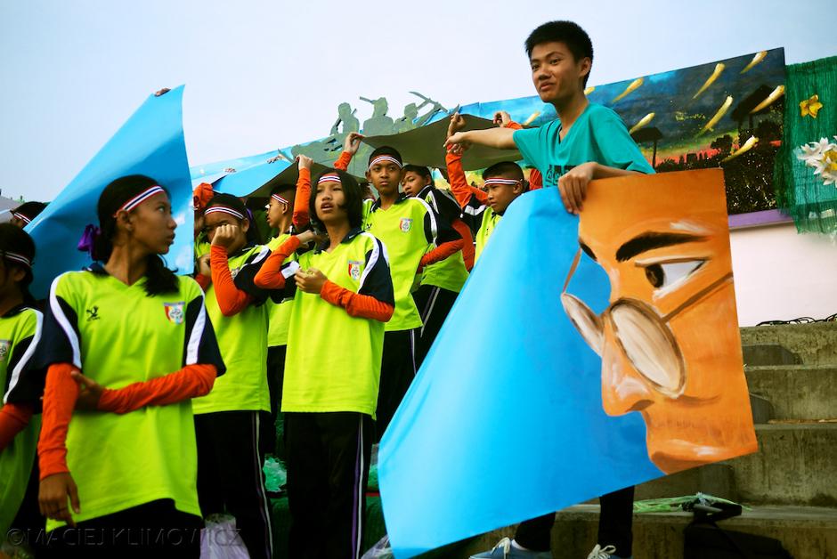 Dzień sportu w tajskiej szkole