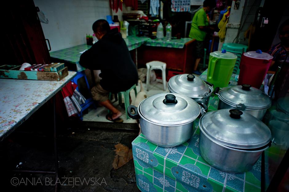 Azjatycka uliczna jadłodajnia