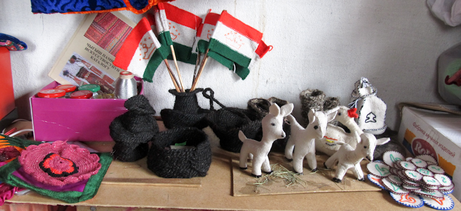 Wełna jaka służy tadżyckim artystom