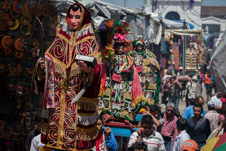 Religijna procesja w Gwatemali. Foto z podróży