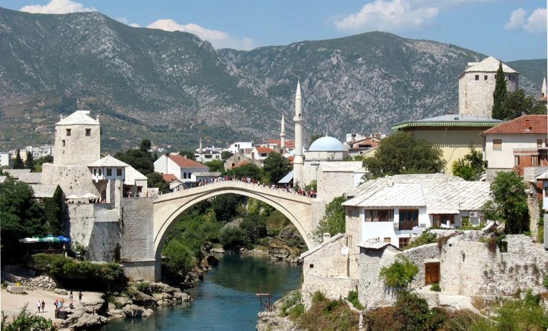 Mostar, jedno z najpiękniejszych miast Bośni i Hercegowiny