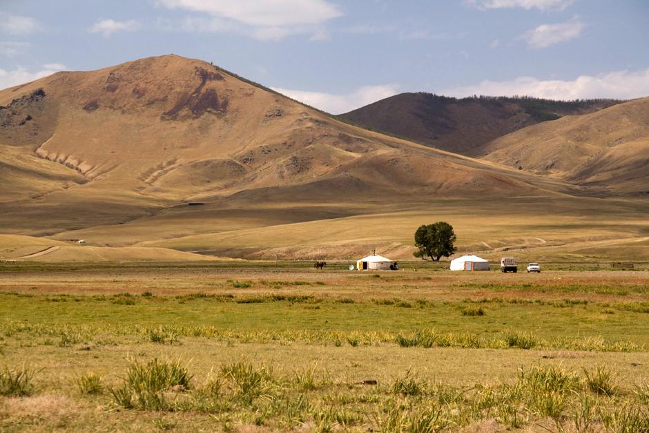 Jurta na stepie mongolskim