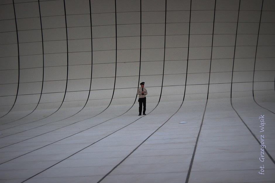 Hayder Aliyev Center. w Baku - foto