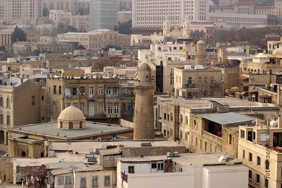 Stara część oprmiańskiego Baku - zdjęcia z wakacji na Kaukazie