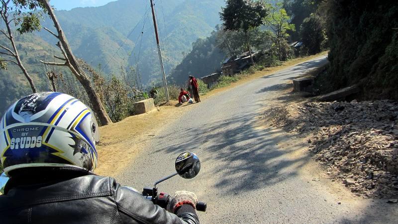 Motocyklowa podróż przez Nepal