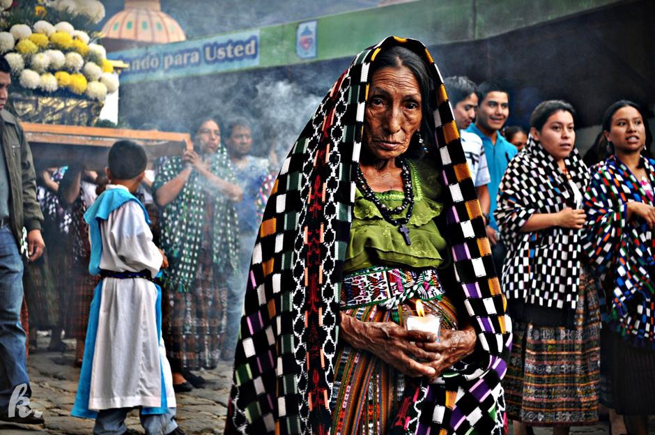 Procesja w gwatemalskim miasteczku - zdjęcia z podróży