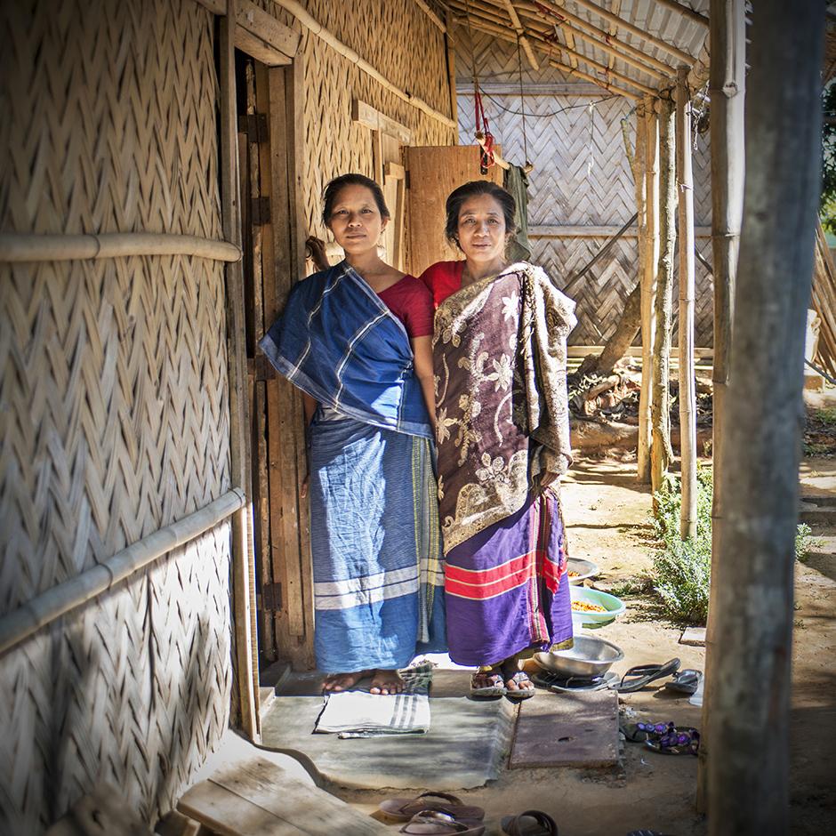 Mieszkanki Bangladeszu w tradycyjnych strojach - foto