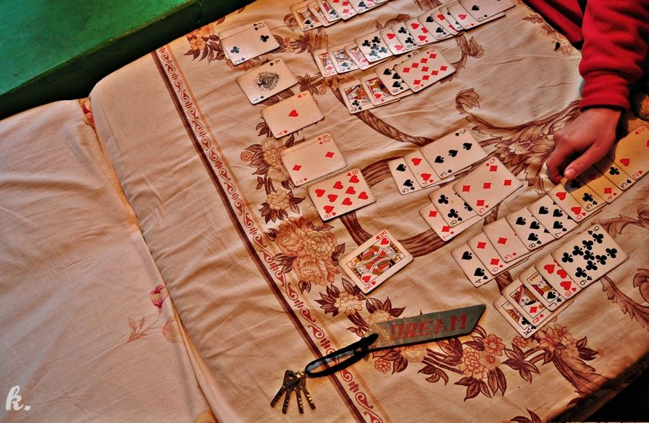 Gdy pada deszcz można zagrać w karty