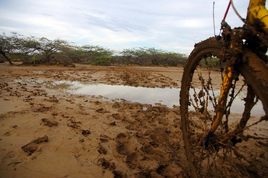 Deszcz na pustyni - rowerem przez Kolumbię
