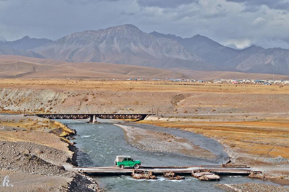Podróż przez Kirgistan uazem