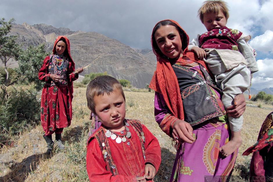 Mieszkańcy Wachanu - zdjęcia z podróży przez Afganistan