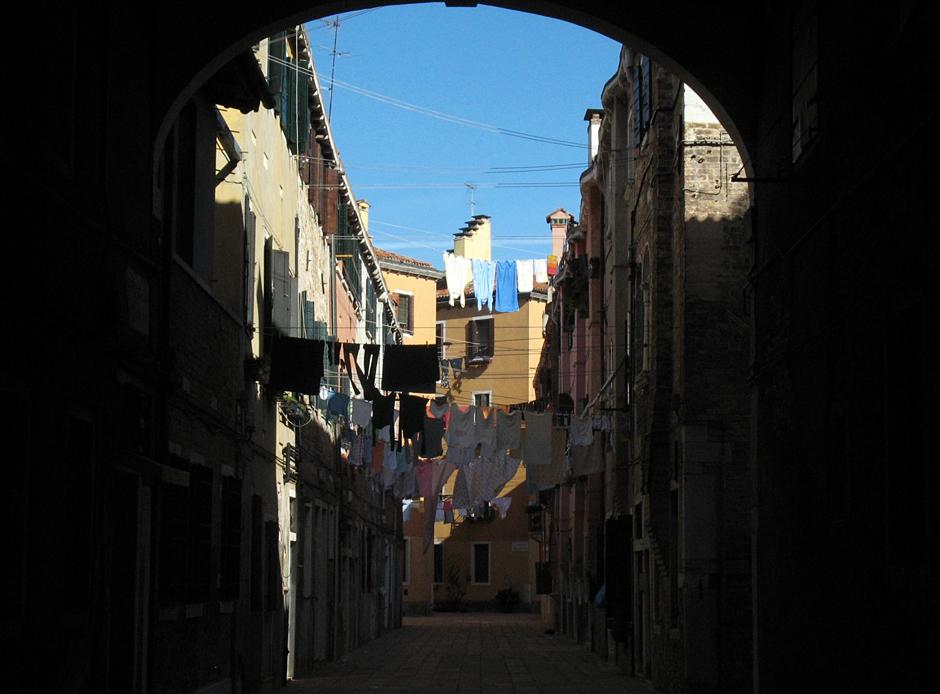 Suszenie prania w Wenecji - zdjęcia