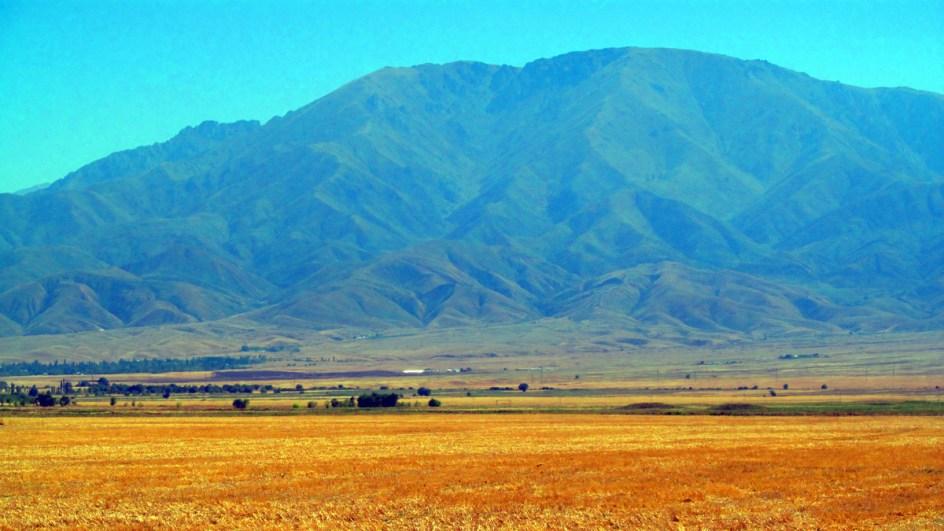 Niebiańskie góry Tienszan w Kazachstanie
