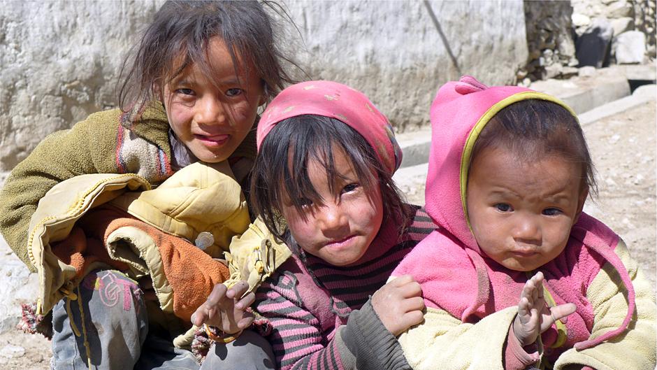 Dzień dziecka w Nepalu - zdjęcia