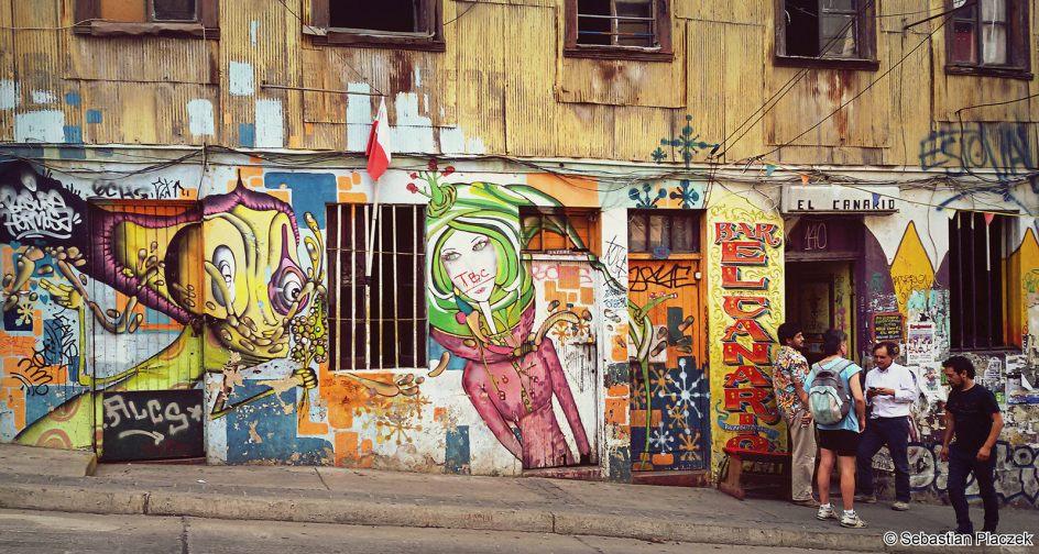 Graffiti w chilijskim Valparaiso - foto