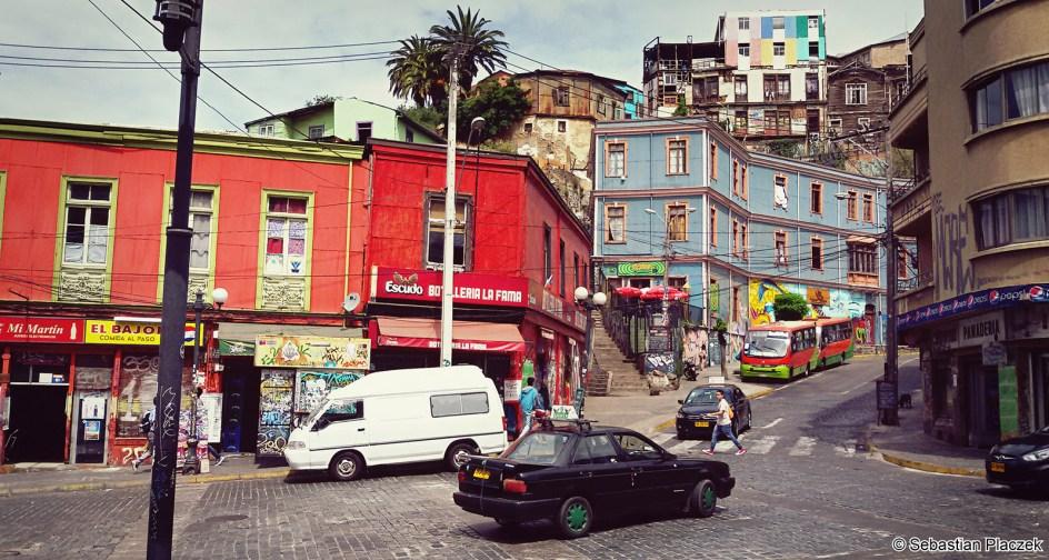 Kręte uliczki Valparaiso - zdjęcia z Chile
