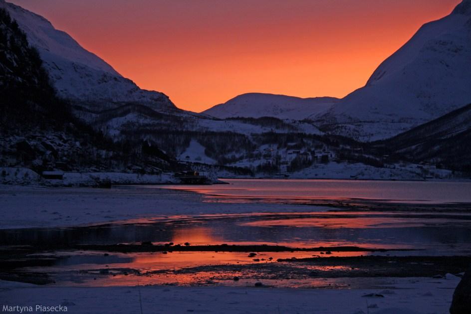 Mørsvikbotn w Norwegii. Niesamowite zimowe zdjęcia z podróży