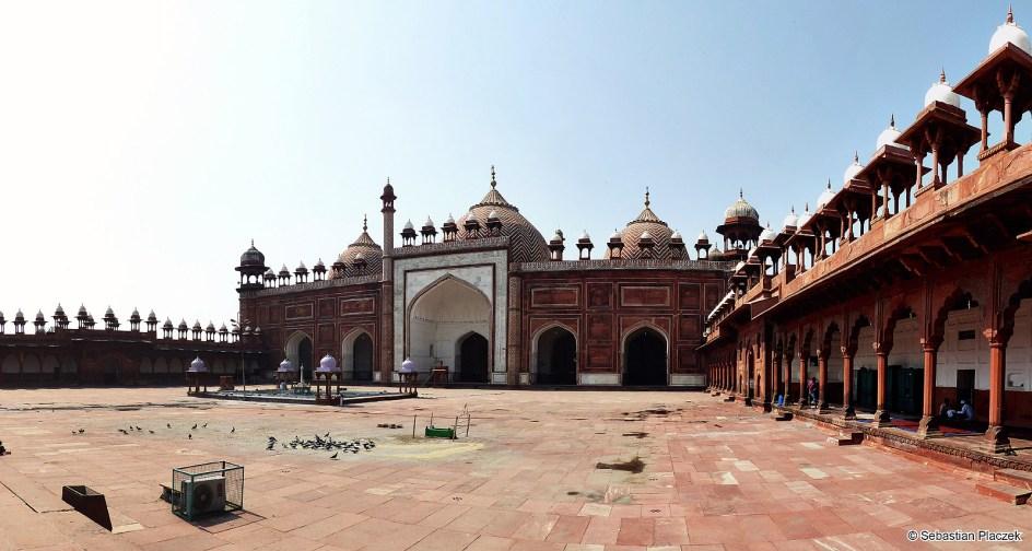 Indie, meczet Jama Masjid w Agrze - foto Sebastian Placzek