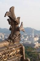 Shachihoko en el castillo de Himeji, Japón