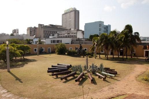 Patio interior de la Fortaleza de Maputo, Mozambique