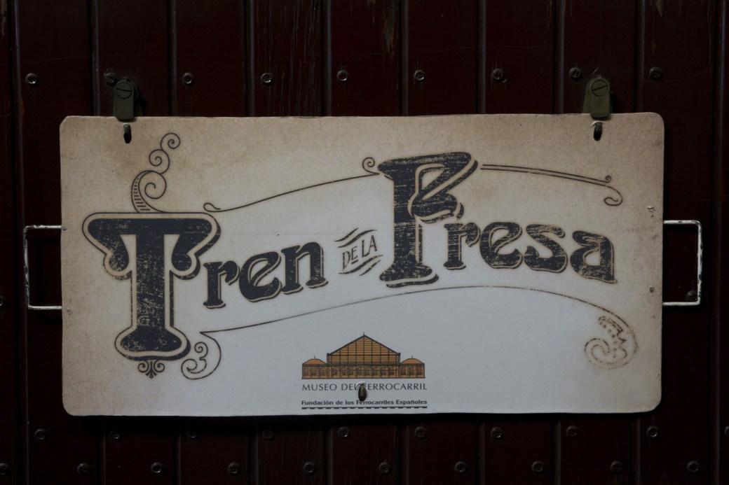 Letrero del Tren de la Fresa entre Madrid y Aranjuez, España
