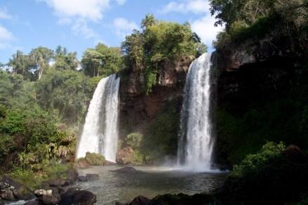 El salto Dos Hermanas, Cataratas del Iguazú, Argentina