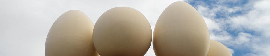 Huevos en la Torre Galatea del Teatro-Museo Dalí en Figueres, España
