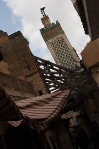 Minarete de la madraza Bou Inania y medina, Fez, Marruecos