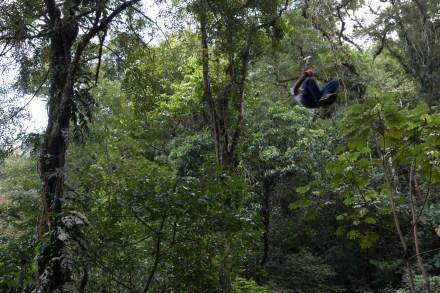 Adrenalina en el Canopy Adventure cerca del Chorro Macho, El Valle de Antón, Panamá