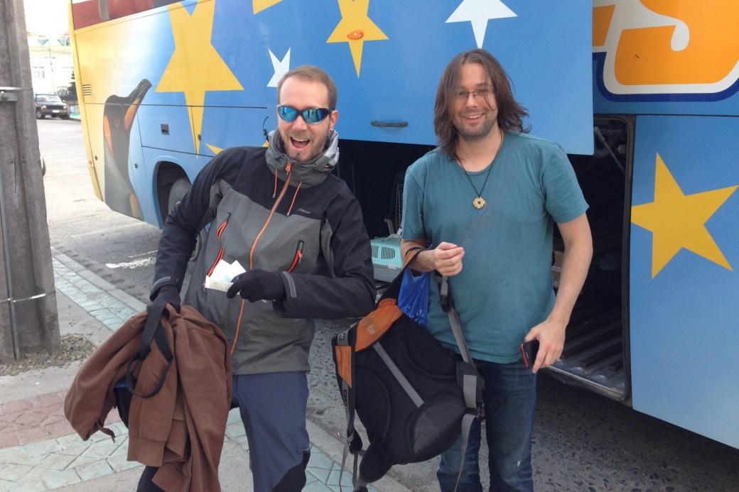 Aventureros listos para viajar a Puerto Natales