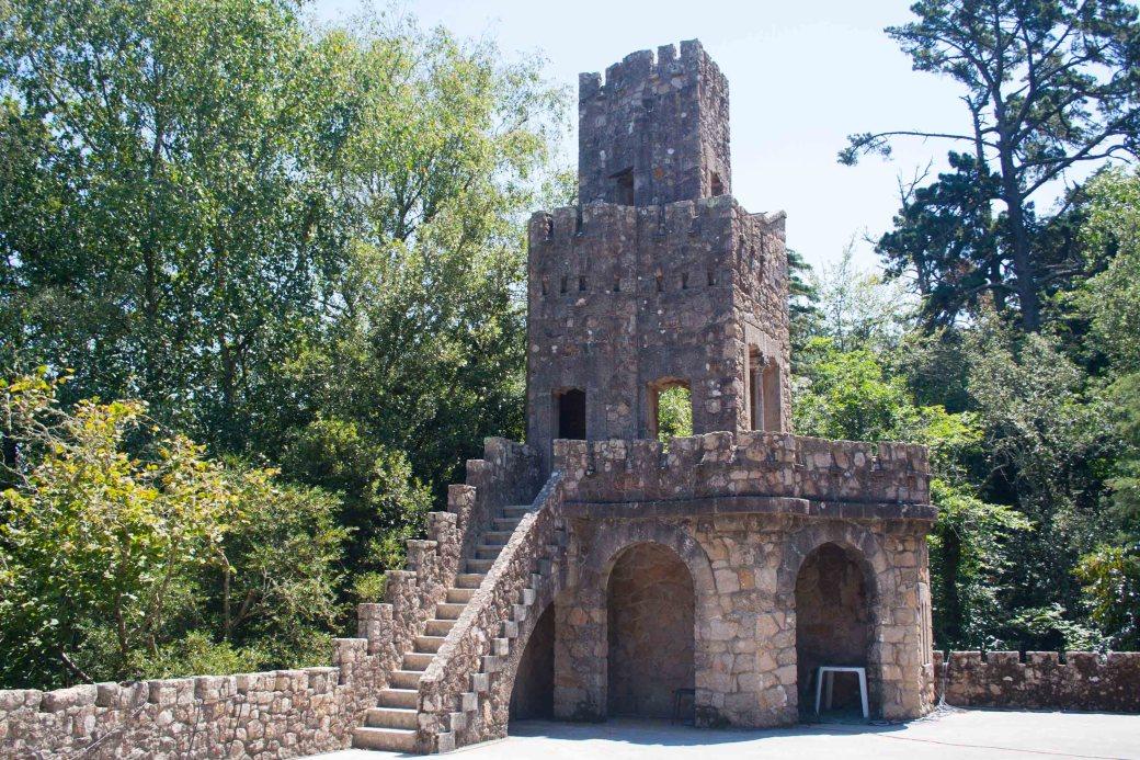 Una de las torres de la quinta