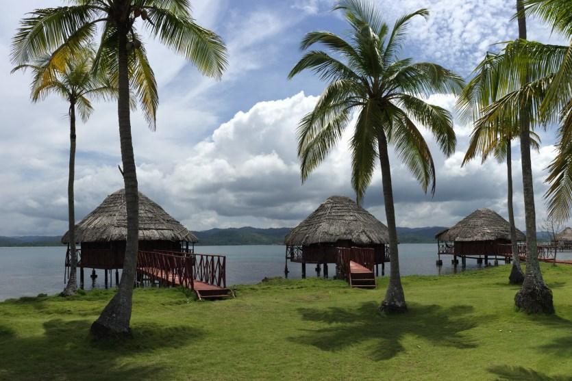Palafitos en Yandup Island Lodge, archipiélago de Guna Yala, Panamá
