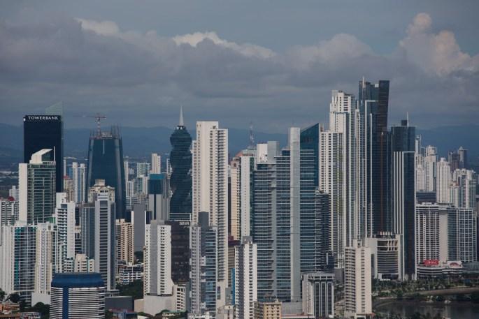 Vista del Centro Bancario de la ciudad de Panamá desde el cerro Ancón
