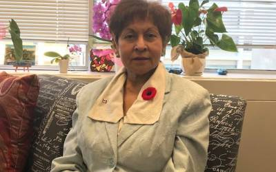 یاسمین رتنسی نماینده پارلمان کانادا مجبور به استعفا شد