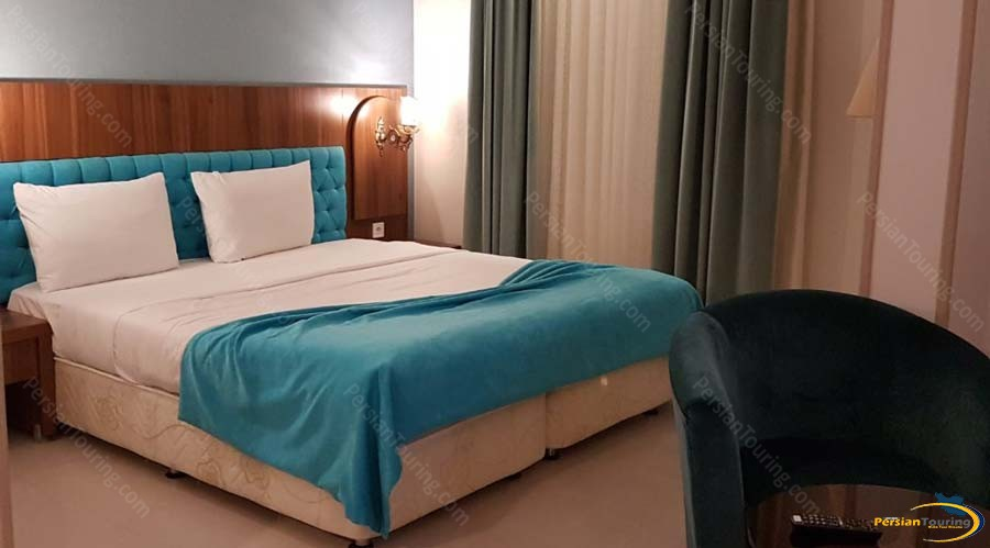 arg-hotel-shiraz-double-room-1