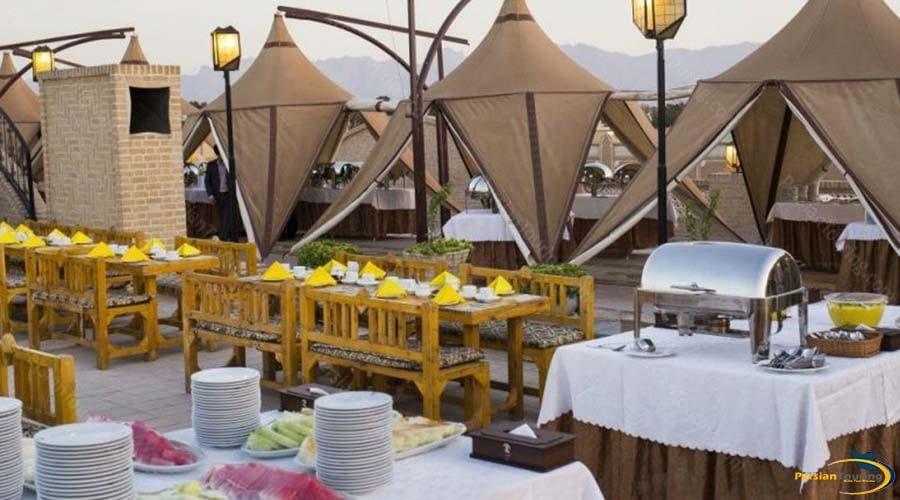 dad-hotel-yazd-restaurant-2