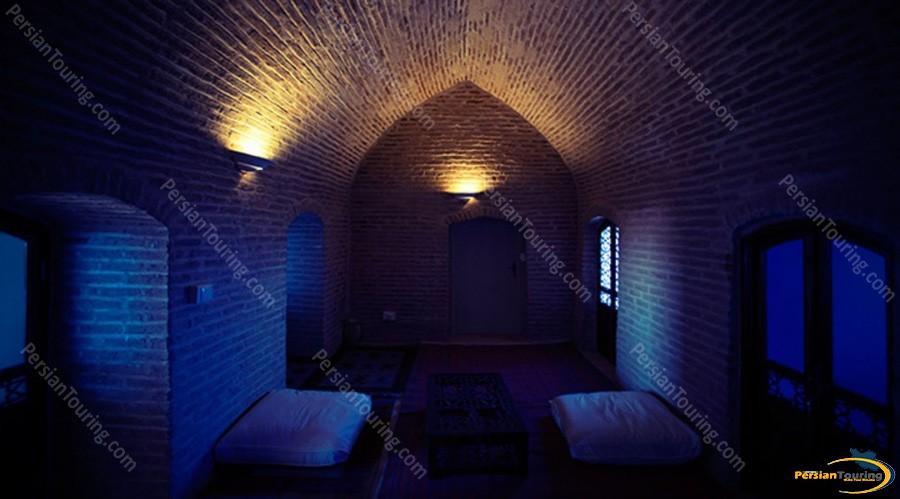 kuhpa-caravanserai-isfahan-2