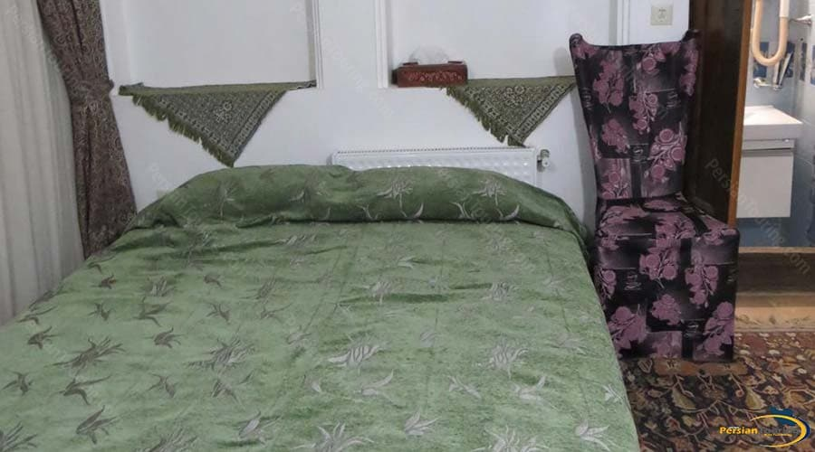 malek-al-tojar-hotel-yazd-double-room-1
