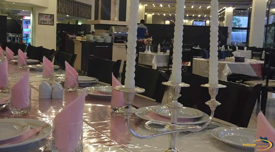 negarestan-hotel-kashan-restaurant-1