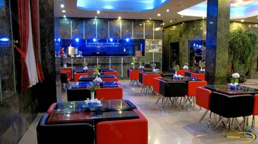 persepolis-hotel-shiraz-cafe-1