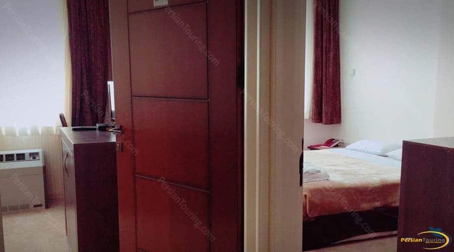 zanbagh-hotel-yazd-suite–1